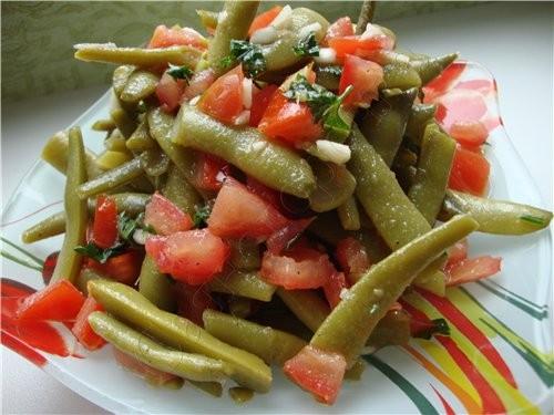 Салат из фасоли с помидорами спаржевая фасоль помидор чеснок раст