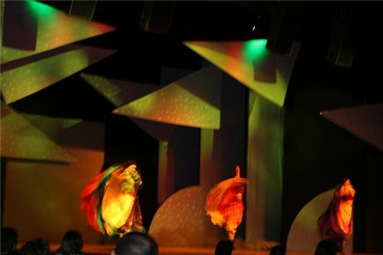 """очень порадовали вечерние шоу-все на серьезном уровне - декорации, свет, музыка, танцы и игра """"акте... - 4"""