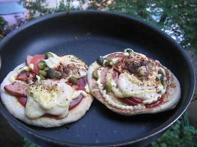 господи я поражаюсь такие завтраки у всех вкуснющие а я ленивая с утра что-нибудь по быстрому вот э...