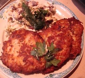 """Я назвала это блюдо Куриные грудки """"а ля Драники"""" :-) и почти котлеты по-киевски модифицированные,..."""