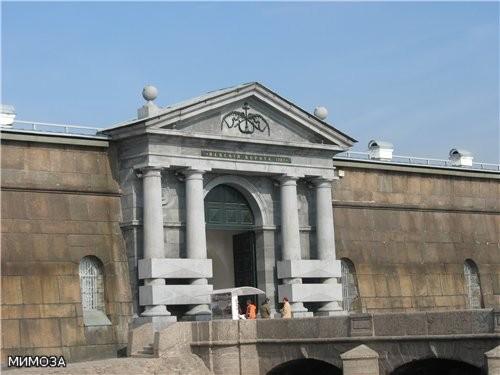 По проекту Львова в 1784–1787 годах в камень перестраивают Невские ворота, чуть позже — пристань - 2