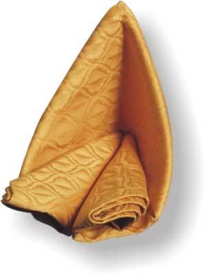 А сейчас научимся красиво складывать полотняные салфетки - 2