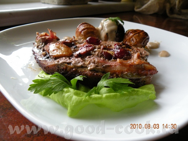 СВИННАЯ ШЕЙКА С КЛЮКВОЙ И ЧЕСНОКОМ Потребуется мясо свин - 6
