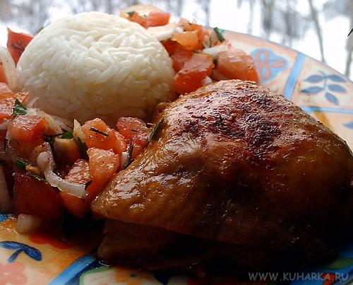 """Сегодня на ужин сделала курочку """"Мадрас"""" с вареным рисом и маринованным луком с помидорами от Лайлы..."""