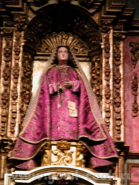 Собор действующий, при том, что процент верующих в стране велик, там где население имеет испанские... - 3