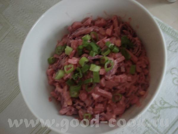 Спасибо Свете за Вкусный салатик из селедки Света, извини за качество фотки, но это действительно в...