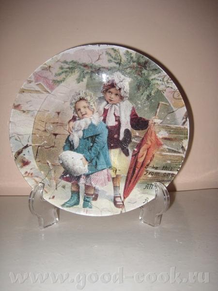 Вот ещё мои новые работы на прозрачных тарелках