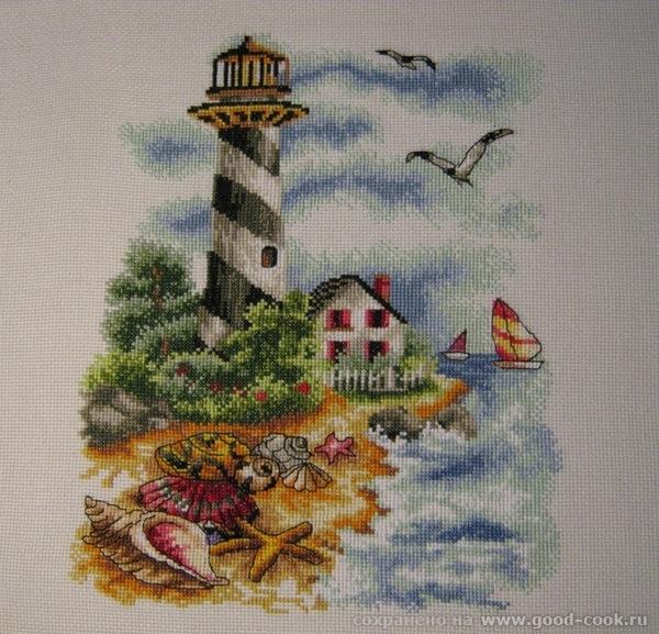 маяк с ракушками