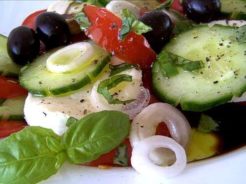 А можно я свой любимый салатик и здесь покажу