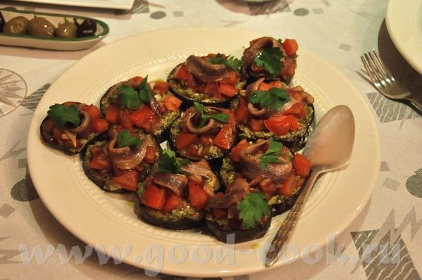 итак, меню Закуски: Утиное фуа-гра, к нему абрикосовый джем и маленькие тосты на сливочном масле (н... - 2
