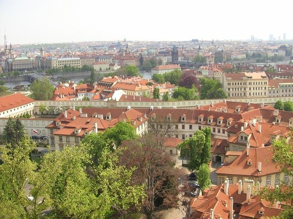Прага город красных крыш