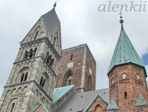Кафедральный собор города - 4