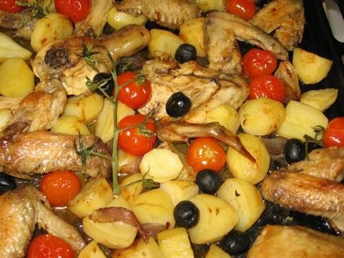 Оля, огромное спасибо за вкусный пятничный ужин: Курица с картофелем, помидорами и оливками по-сред... - 2