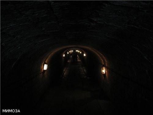 """А вот вам """"страшилка"""" - подземный ход, где мы были в субботу"""
