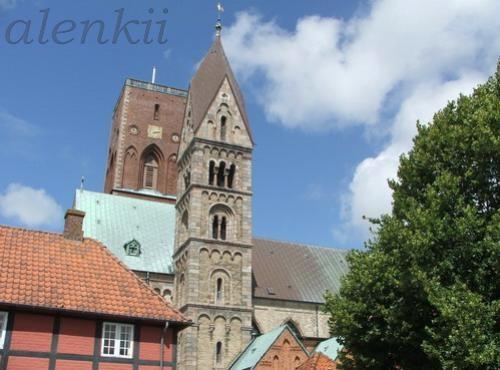 Кафедральный собор города - 5