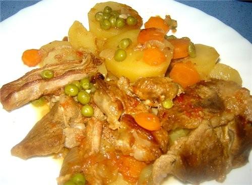 Guiso de cordero con patatas Тушеная баранина с картофелем Продукты: Баранина - 1 кг (мне нравится... - 3