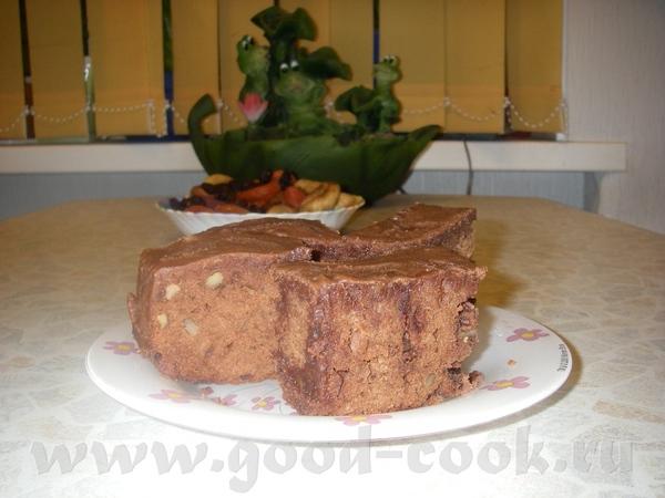 Шоколадные кексы с грецкими орехами Продукты: 2 стакана грецких орехов, 200 г черного шоколада, 4 я...