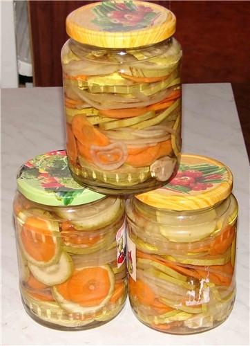 Помидорчики соленые Кабачки с морковью и луком Это я вчера старалась Сегодня думаю еще помидорки с... - 2