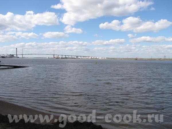 а вот так выгдядит Темза в местах, где нет туристов - 2