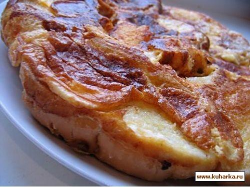 делала на завтрак такой омлет с хлебом и сыром,как гренки жарить все отдельно,а тут все перемешивае...