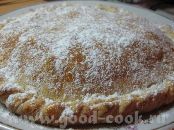 Пирог с яблоками и киви