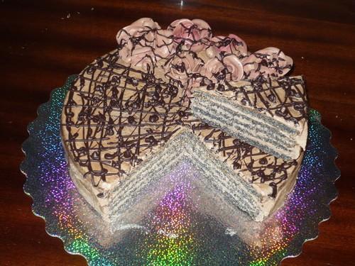 А вот я сегодня без украшательсвт делала пробный тортик для свебя Министерский