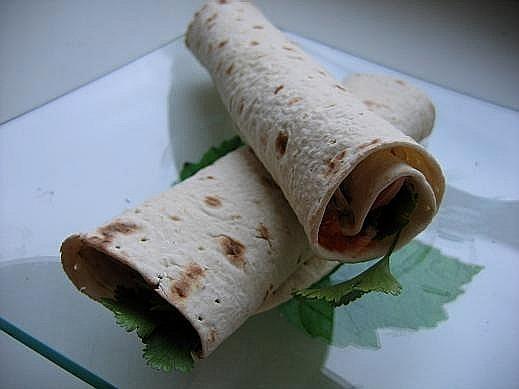 """Путеводитель по теме """"Завтрак"""" открою тему ,трубочки с начинкой из ветчины,помидоров,мягкого сыра,з..."""