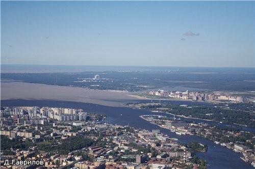 Это тоже часть Васильевского острова, далее петровская коса (на её окончании находится Питерский Ях...