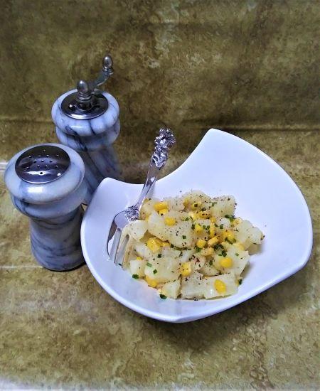 Салат из кукурузы с картофелем