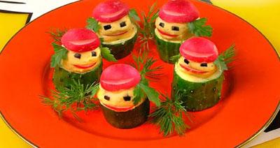 А это Лесные Человечки Прекрасная идея для мальчукового обеда - богатырские тефтельки