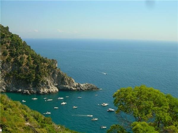 один из городков Амальфитанского побережья (недалеко от Неаполя в сторону юга)
