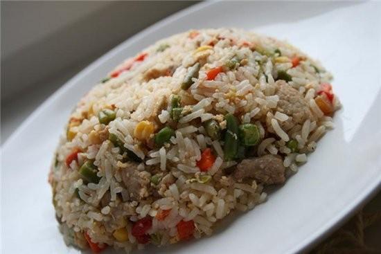 рецептов тайского риса так много,я подумала подумала и сделала из того что есть,из продуктов ,котор...