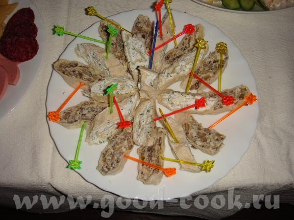 """селедка под шубой, с вот такой коровкой мимоза с горбушей крабовый салатик с грибами """"оливье"""" салат... - 8"""