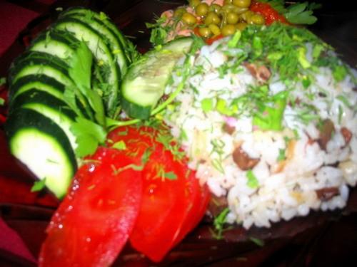 Девочки у нас сегодня как всегда скромно: Суп-потаж грибной рыбка под томатным соусом от -очень вку... - 3