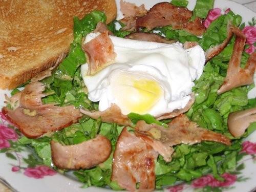 Салат с беконом и яйцом-пашот: Очень вкусный, очень легкий и быстрый ужин (во всяком случае сегодня... - 2