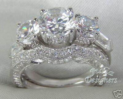 Кстати, вот прикольное недорогое дизайнерское (Julia Designers, USA) колечко из серебра 925 пробы,...