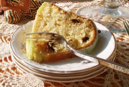 А еще к нам ребята пришли,КВН смотреть,так испекла пирог от Инессы с Еврейской темы - 2