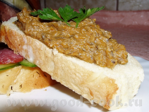 Морковно-баклажанная икра Лабане Фаршированные яйца Кабачковые рулетики с сыром