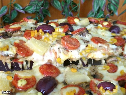ПИЦЦА «GOURMET» (для настоящих гурманов) Для этой пиццы нам понадобится : Готовая основа для пиццы... - 3