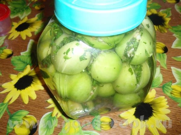 хочу показать мои зеленые помидоры ,на вкус еще не знаю ( скажу позже)но то что красивые никаких со...
