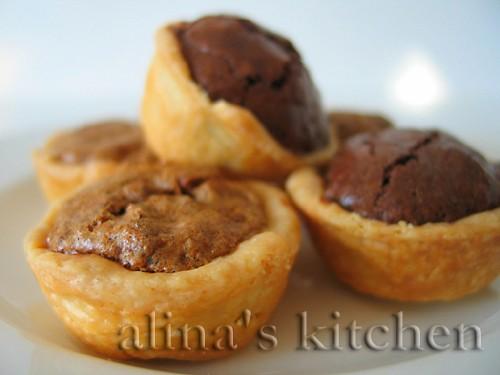 Печенье «Тасси» с ореховой или шоколадной начинкой 1/2 чашки масла, размягчить 1 (3-унциевая = 85 г...