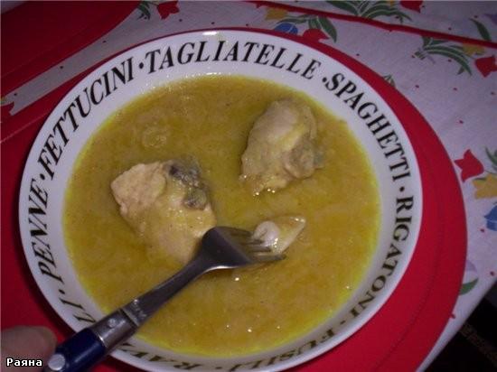 Кушается так, вилкой берете голушки и замачиваете в соус -) , Бисмилля - приятного аппетита