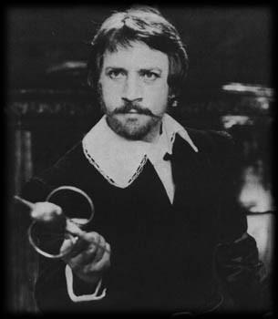 О, да, актер Высоцкий - это потрясающе