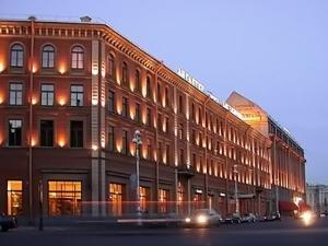 """Здание """"Астории"""" поближе Рядом с отелем """"Астория"""" находится здание гостиницы """"Англитер"""", где погиб... - 2"""