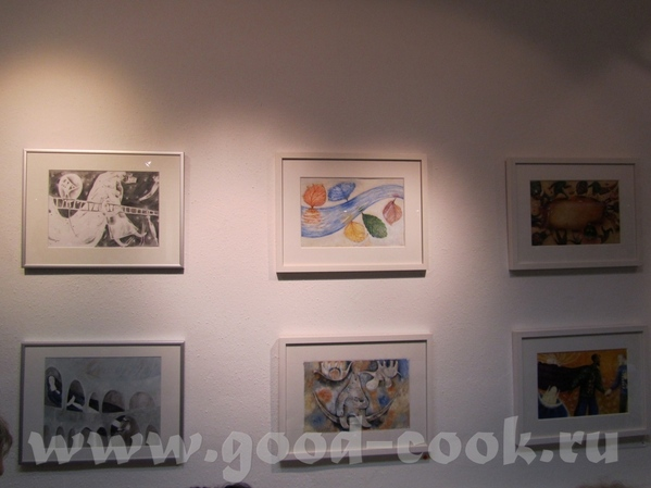 Вот вам фото с выставки Видяйкиной Анны