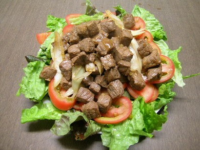 Кубики говядины (bт lъc lắc) Ингредиенты: - 1,5 ст