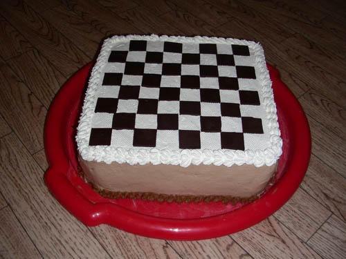 А у меня в этот раз получилась такая вот доска Можно поиграть в шашки конфетами