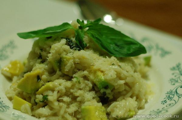 Проект 50 лакто-вегетарианских блюд из 25 замечательных продуктов 2: Авокадо 2/1/3 Ризотто с авокад...
