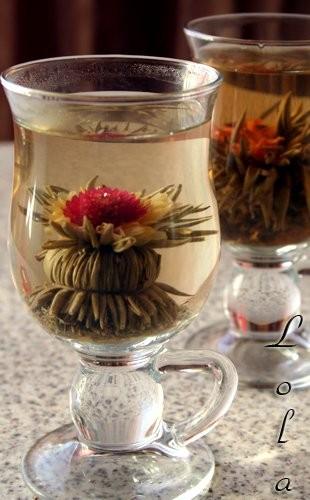 Угощу-ка я вас чайком, изумительной красоты,с приятным ароматом и вкусом Это зелёный чай украшен и... - 2