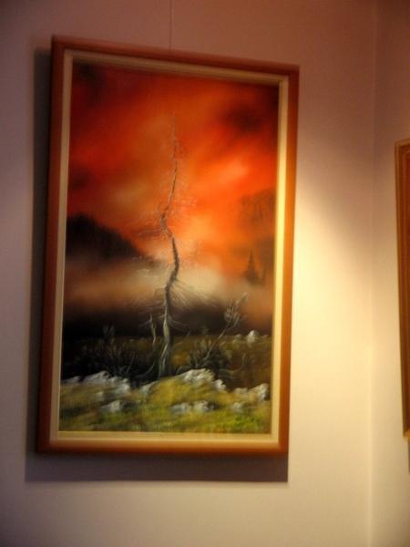 а это я ещё зашла на выставку нашего художника , я о нём уже писала , что он пишет акрилом строител... - 5